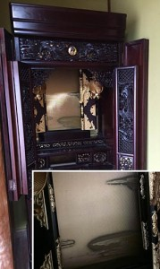 仏壇厨子板のカビ